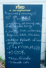 The boards invited neighbors to write what they wanted to give and find in the neighborhood.